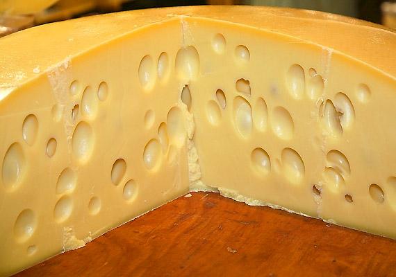 Bár az érlelt sajtok gasztronómia szempontból minél szagosabbak, annál jobbak, a leheletednek nem tesznek jót.