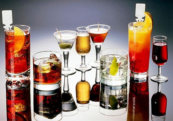A húszas éveid vége felé tapasztalhatod, hogy jóval kevesebb alkohollal éred el ugyanazt a hatás, mint néhány évvel korábban. Nem véletlen: tested jelez, hogy ideje óvatosabb fogyasztóvá válnod.