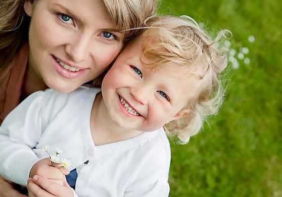 Kutatások szerint a szülővé válástól egészségesebb lehetsz: szervezeted olyan változásokon megy keresztül, melyek ellenállóbbá teszik a súlyos betegségekkel szemben.