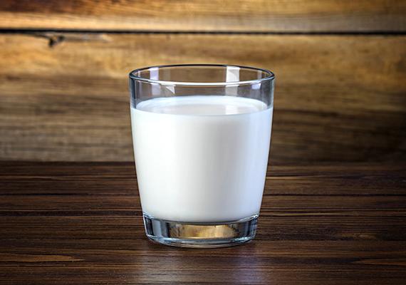 A tejben a laktóz, vagy másként a tejcukor jelenthet problémát. A laktózérzékenyek nem tudják megemészteni, ráadásul tejsavvá alakul, így savasít is.