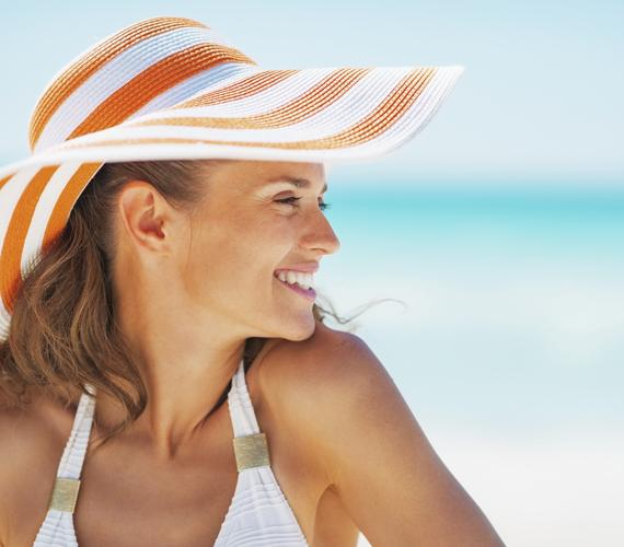 Napozás, szoláriumozásNe csak a nyári napozás után használj hidratálót, hanem a tavaszi sütkérezés és a szoláriumozás után is.