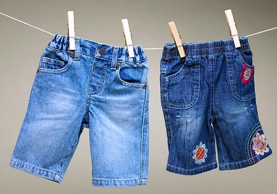 Ha a ruhákat a szobában tergeted ki, a száradás során felfrissül kicsit a levegő. A gyerekszobába azonban ne tedd a ruhaszárítót, mert a kicsik érzékenyek lehetnek az öblítőre.