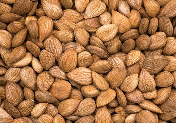Az E-vitaminnak komoly szerepe van az immunrendszer normál működésében, szerencsére a mandulában nagy mennyiségben megtalálható. Íme, a vitamin további hatásai.
