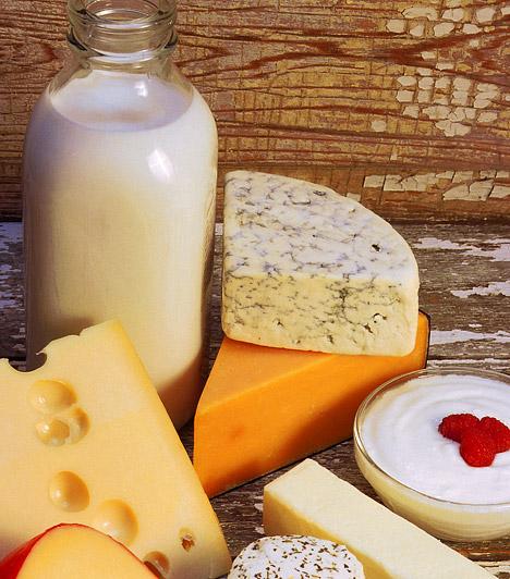 Probiotikumok  A probiotikumok olyan jótékony baktériumok, melyek nem csupán az emésztést javítják, de immunerősítő hatásúak is. A legbiztasabb probiotikum források a tejtermékek, elsősorban az aludttej, az élőflórás kefírek és joghurtok. Érdemes a téli időszakban többet fogyasztanod belőlük.  Kapcsolódó cikk: 7 probiotikus élelmiszer antibiotikum-kúrához »