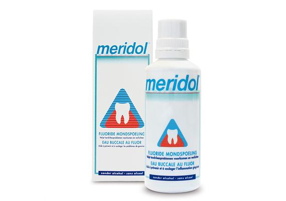 A Meridol szájvizet kifejezetten a vérző és gyulladt ínyre fejlesztették ki. Ára 1800 forint.