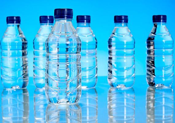 A kiegyensúlyozott emésztéshez nem csupán a rostok fontosak, hanem elegendő - napi minimum két-két és fél liter - folyadék elfogyasztása is nélkülözhetetlen.
