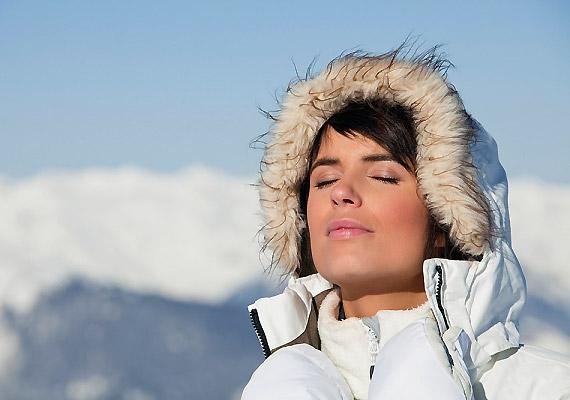 Télen se feledkezz meg a naptejről, ha hosszú időn át éri bőrödet a sugárzás!