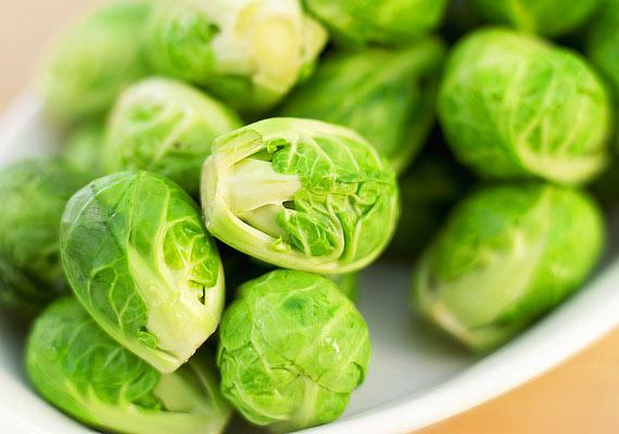 A kelbimbó azon ritka zöldségek közé tartozik, melyek nem érzékenyek a hidegre. Kutatások szerint nem csupán antioxidáns hatású, de lúgosít is.