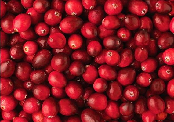 A tőzegáfonya kapszula és gyümölcslé formájában is remek, ugyanis megakadályozza, hogy a baktériumok a húgycsőbe jussanak.