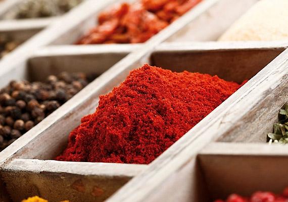 Az őrölt pirospaprika a bázikus konyha nélkülözhetetlen alapanyaga.