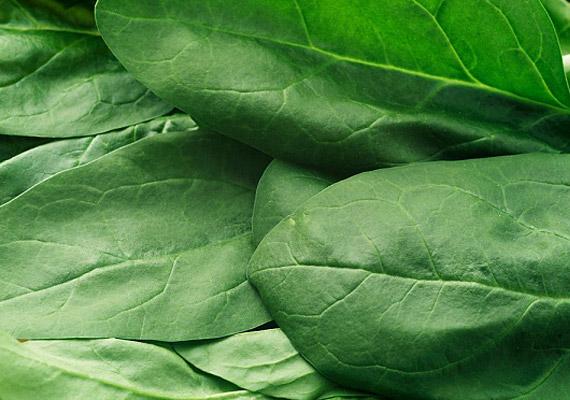 A spenótban számos szabadgyökellenes vegyület található.