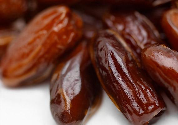 Az aszalt gyümölcsök az ínyedre, fogaidra tapadnak. A résekbe szorult maradékok tökéletes terepet szolgáltatnak a baktériumoknak.