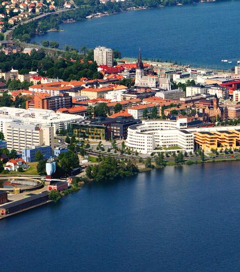 Jönköping  A Svédország déli részén elhelyezkedő Jönköping 84 423 lakosával Svédország kilencedik legnagyobb települése. Azért került fel a legegészségesebb városok listájára, mert fekvésének köszönhetően kiváló az itteni levegőminőség, valamint az idősek egészségügyi ellátására a világátlaghoz képest rengeteg időt és pénzt fordítanak.
