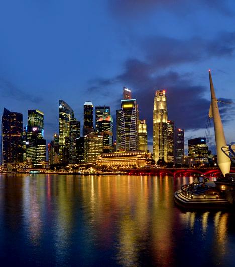 Szingapúr                         Bár Szingapúr kevesebbet költ az egészségügyre, mint bármely más gazdag ország, közegészségügyi ellátásuk az egyik leghatékonyabb a világon. Az Egészségügyi Minisztérium előírja, hogy minden polgár vegyen részt a Medisave nevű egészségügyi megtakarítási programban, amiből fedezhetőek a jövőbeli kórházi kiadások.