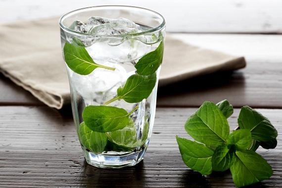 Méregtelenítés vízzel - Detox vizek recepttel, amik segítenek a fogyásban