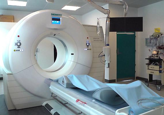 A Cardio-CT a korábbiaknál pontosabb képet tud adni a szív és a koszorúerek állapotáról. Mindezt viszonylag alacsony sugárterhelés mellett, akár két szívdobbanásnyi idő alatt. A Cardio-CT helyettesítheti az érfestéses szívkatéterezést. A diagnosztikai eszközt a Semmelweis Egyetem Kardiológiai Központjában fejlesztették ki.