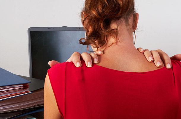 ... például a fejfájás és a gerincfájdalom hátterében ugyanaz a probléma 373b3a428b