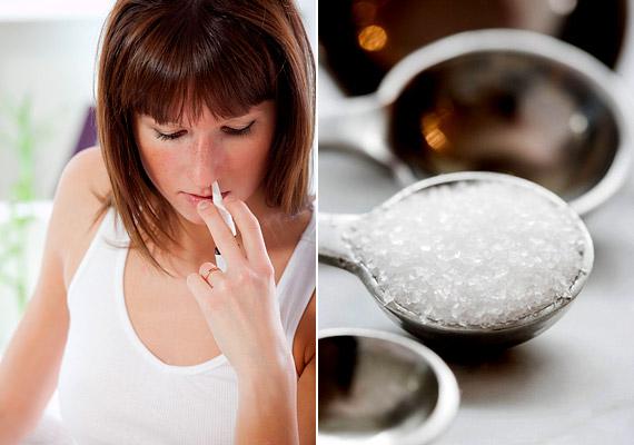 Használhatsz gyógyszertárban kapható tengervizes orrspayt, de te magad is elkészítheted. 1 g tengeri sót oldj fel 1 dl felforralt, langyos vízben, majd öntsd egy orröblítésre alkalmas edénybe, és hajolj a mosdókagyló fölé. Öntsd a folyadékot az egyik orrnyílásba, hajtsd a fejedet előre és oldalra, és hagyd, hogy a sóoldat a másik orrnyíláson folyjon ki.