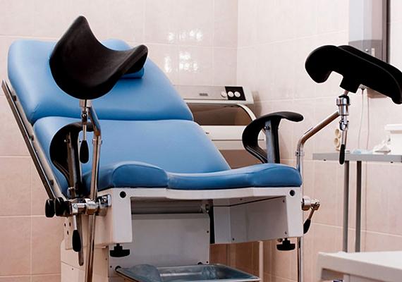 A petefészek-daganatot ki is tudja tapintani a nőgyógyász, az ultrahangos vizsgálattal azonban általában egyértelműen kimutatható. Ilyenkor sem kell azonban feltétlenül megijedni, az ilyen daganatok jelentős része ugyanis jóindulatú is lehet.
