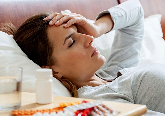Gyakori fertőzések és lázHa egyszer-kétszer beteg vagy a téli időszakban, azt akár a legyengült immunrendszer is okozhatja, ha azonban egyre sűrűbben tapasztalod a lázzal járó fertőzéseket, amikből nehezen is gyógyulsz ki, mindenképpen vizsgáltasd ki magad alaposabban, ugyanis hasonló jelei lehetnek akár a leukémiának is.