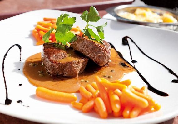 A fehérjében gazdag ételek - például a húsfélék - ugyancsak megdolgoztatják az emésztőrendszert, mielőtt nyugovóra térnél, ezeket is hanyagold.