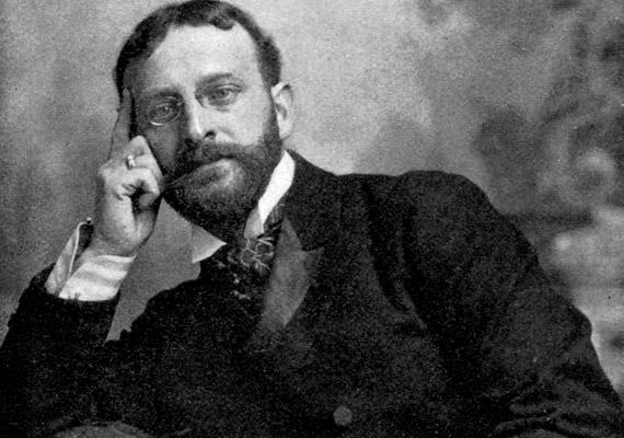 Albert Abrams - 1863-1924 - azt állította, hogy az általa kifejlesztett, dinamizáló nevű műszer megalkotásával bárhol a világon meg tudja állapítani a páciensek betegségét - anélkül, hogy kimozdulna kaliforniai rendelőjéből. A betegnek mindössze annyit kellett tennie, hogy egy csepp vérét felitatta itatóspapírral - Abrams ezt helyezte a készülékbe, melynek diódáit ezután egy egészséges emberre tapasztotta, és annak pangó területeit felfedezve állította fel a diagnózist.