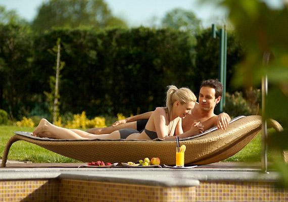 10 000 m² alapterületű Oázis wellness- és fürdőrészlege 22 medencével és pezsgőfürdővel varázsolja el a vendégeket.
