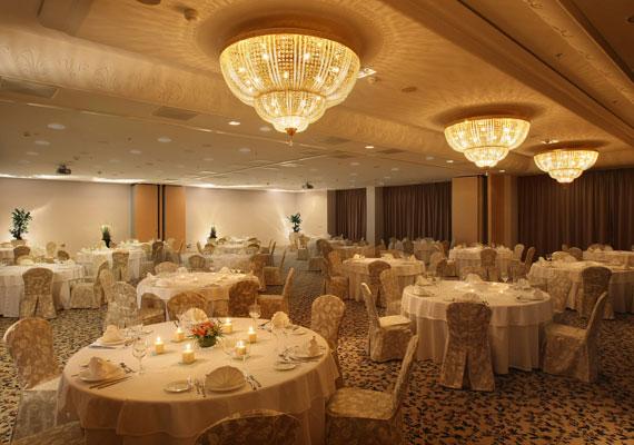 Az Onyx étterem kizárólag egészséges és ínycsiklandozó ételeket kínál a vendégeknek.(%oldalmero(http://ad.adverticum.net/img.prm?zona=1759478&kampany=1931212&banner=1931267&ord=RANDOM_NUMBER)%)