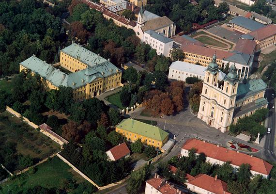 A Duna közelségéből adódóan Kalocsán pusztán a szálló por koncentrációja emelkedik meg időnként, de az éves összesítést tekintve még így is kiválóra vizsgázott a város.