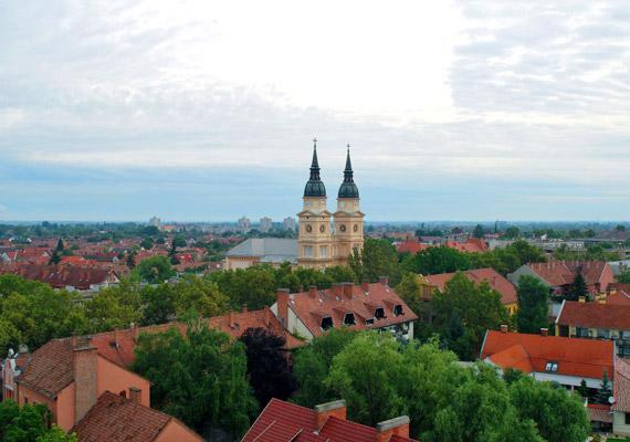 A Duna-Tisza-köze déli részén fekvő Kiskunfélegyházán csak a szálló por koncentrációjának emelkedése jelent időnként gondot. Ám az éves értékelésben még ezzel együtt is kiváló minősítést kapott a város.