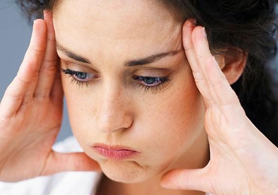 A folyadékhiány izomgyengeséget okoz, emellett fáradtsághoz és letargiához vezet, ha ugyanis a szervezet dehidratált, a test úgymond a vérből kölcsönöz folyadékot, így az kevesebb oxigént lesz képes szállítani.