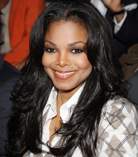 Janet Jackson 1966-ban született az Indiana államban található Gary városában, a Jackson-gyerekek közül elsőként. 1991-ben a Virgin Records-hoz igazolt át az énekesnő egy több millió dolláros szerződés fejében, amely a zenei világ egyik legjobban megfizetett előadójává avatta.Kapcsolódó hír:Janet Jackson közszemlére tette szétszabott műmellét »