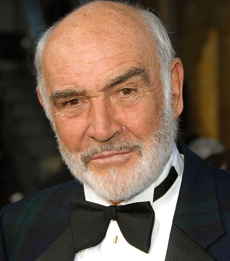 Sean ConneryMióta feltűnt a mozivásznon, azóta számít szexszimbólumnak, nem véletlen, hogy hét alkalommal formálta meg a 007-es ügynököt. A People magazin 60 évesen választotta a legszexisebb élő férfinak. 2004-ben visszavonult, és azóta csak narrátorként tevékenykedik. 1930-ban született a Ló jegyében.Kapcsolódó cikk:Így néznek ki most James Bond megformálói »