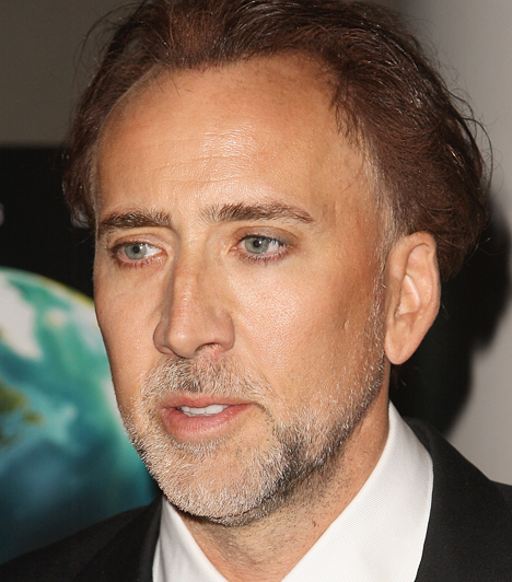 Nicolas Cage Az 1964-es születésű Cage a nyolcvanas évek végén már szupersztárnak számított köszönhetően az Arizónai ördögfióka és a Veszett a világ sikerének. Előbbiben szeretetre méltó boltrablót formált meg, David Lynch különös road movie-jában pedig egy börtönből frissen szabadult bűnözőt.Kapcsolódó hír:Brutálisan szétszabták a nőfaló Nicolas Cage arcát »