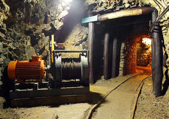 Közelgő veszélyre figyelmeztet, ha álmodban bányában jársz.