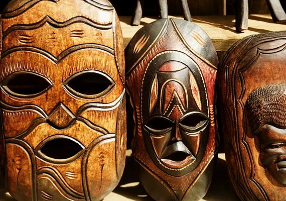 Még abban az esetben sem érdemes afrikai maszkokat tartanod, ha a gyártási cédulán Made in China van feltüntetve, ugyanis a babona szerint ezek a tárgyak a rossz szellemek lakóhelyei.