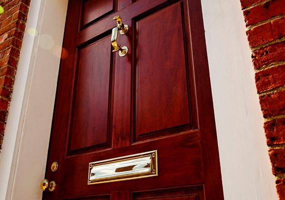Feng Shui színek az északkeleti bejárati ajtóhoz