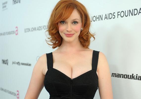 Christina HendricksA dús keblű, kerek csípőjű vörös színésznő vonalain vitathatatlanul felfedezhető a Bika nőre jellemző buja, szexi megjelenés. Nem hiába szavazták meg 2010-ben az Esquire magazinban a világ legszexisebb nőjének.