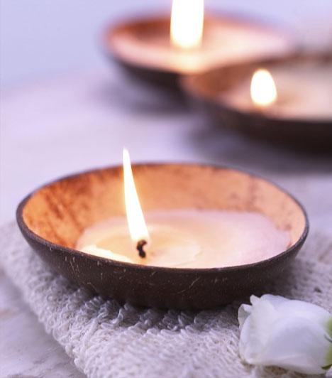 GyertyafényA gyertyák jól mutatnak a lakásban, de más miatt is hasznosak lehetnek. A feng shui szerint lángjuk az aranyra emlékeztet, ezért jó bőséget bevonzó eszközök lehetnek.