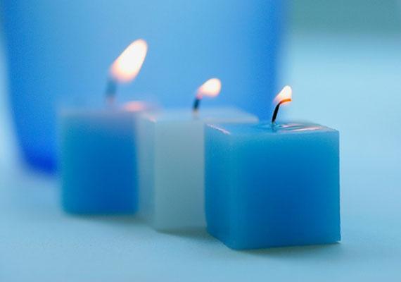 A kék segít az érzelmi gyógyulásban, és fejleszti a türelmet.