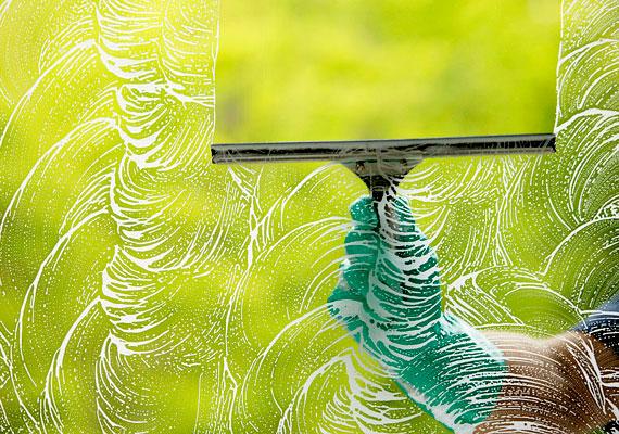 Az ablakokat és az ajtókat is rendszeresen tisztítsd, hogy ne akadjon el, de ne is szóródjon túlzottan szét a chi.