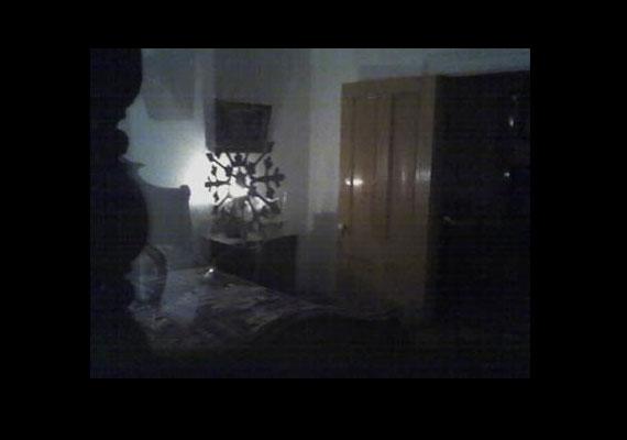 A San Diegó-i Whaley-ház Amerika egyik leginkább kísértetjárta helye. Ne ijedj meg, ha felfedezed a képen a szellemet.