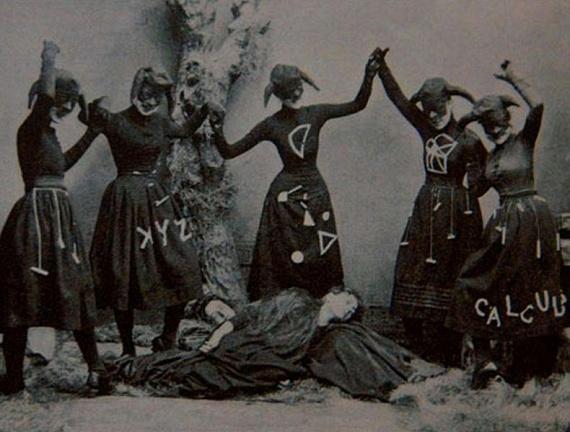 A boszorkányokat régen a sátán szeretőinek titulálták.