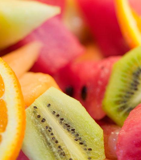 Gyümölcsök  A gyümölcsök az anyatermészet ajándékai. Ha ez a kedvenced, arra utal, hogy sokszor inkább a könnyebb megoldást választod, és csak azt fogadod el, ami az öledbe hullik.  Kapcsolódó cikk: Mennyire vagy nőies? »