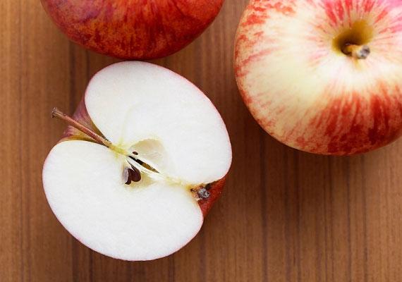 Ha Nyilas vagy, fűzz fel három almamagot, és viseld a nyakadban.