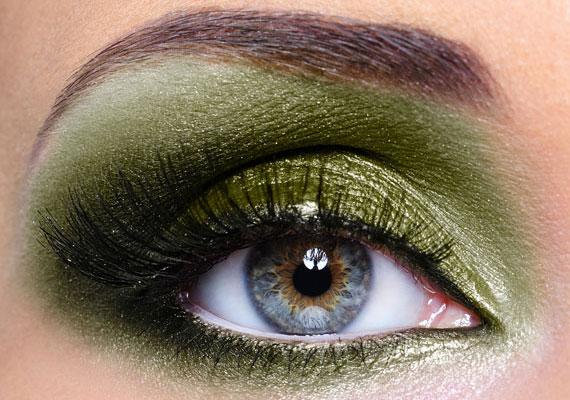 Bikaként a földszínek, különösen a zöld különböző árnyalatai állnak jól.