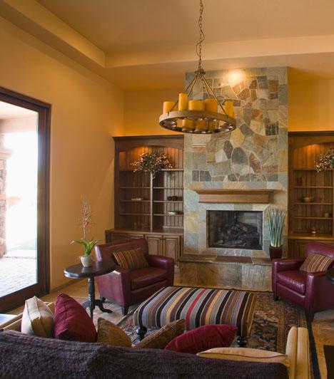 Nyilas  Nyilasként távol áll tőled a minimalista egyszerűség. Szereted halmozni a tárgyakat, bútorokat, így eklektikus gazdagsággal rendezheted be a lakásod. Kedveled a különböző kultúrák tárgyait és a látványos berendezési kellékeket.