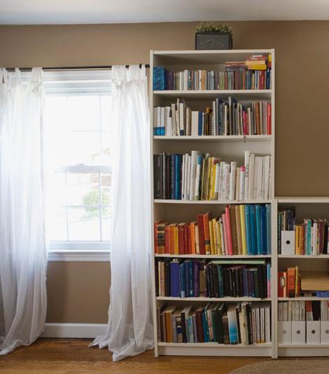 SzűzA rend mindennél fontosabb számodra, és szereted azt érezni, hogy az otthonodban is rendszer van. Nem annyira a külsejük, mint inkább a funkciójuk alapján választasz bútorokat, így az egyszerű, praktikus, modern darabok lehetnek testhezállók számodra.