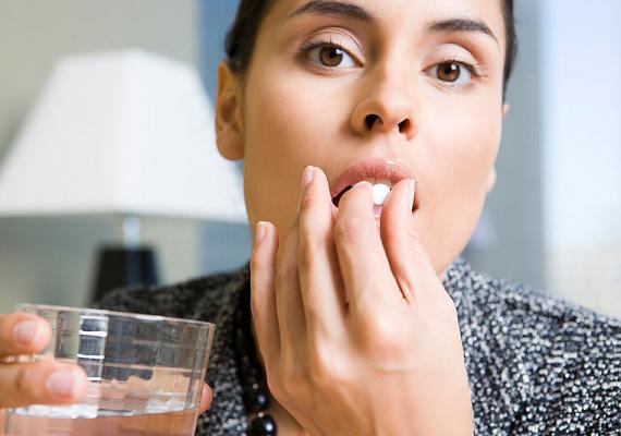 A placebót, vagyis a hatóanyag nélküli gyógyszerek hatását gyógyszertesztelések során ismerték fel, de máig nincs tudományos magyarázat arra, hogyan képes gyógyítani az emberi elme.
