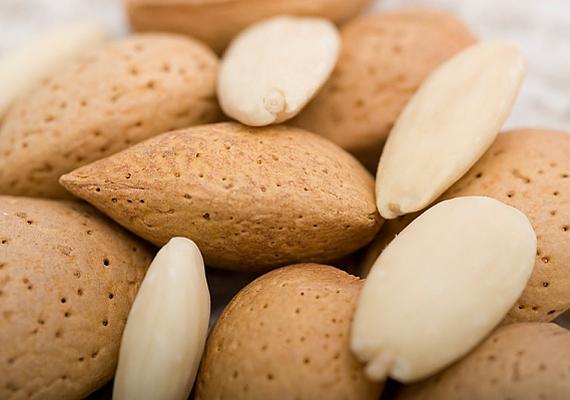 Tarts otthon mandulát, és egyél is belőle rendszeresen. Ez nemcsak az egészségednek, de a pénzügyeidnek is jót tesz.